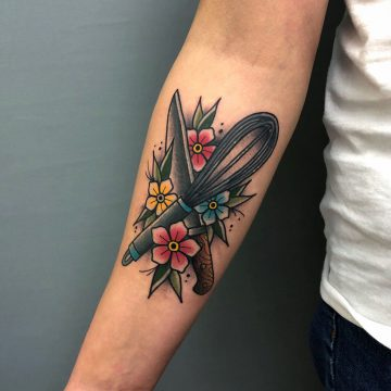 Traditional_Patisserie_Kitchen_Knife_Tattoo_Oldschool-Harry_Hafensänger-HH-Tattoostudio_Hamburg