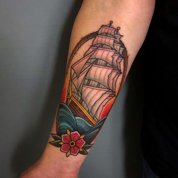 Traditional_Sailing_Ship_Sailor_Tattoo_Oldschool-Harry_Hafensänger-HH-Tattoostudio_Hamburg