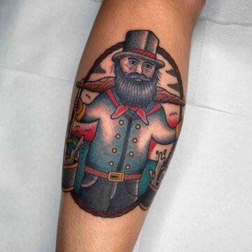 traditional-hummel-hummel-hans-tattoo-oldschool-hamburg-tattoostudio-harry-hafensänger-holy-harbor
