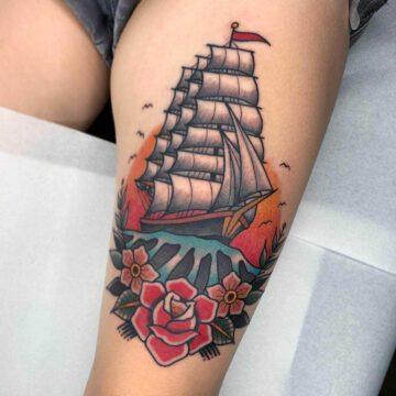 traditional-segelschiff-sailing-ship-tattoo-oldschool-hamburg-tattoostudio-harry-hafensänger-holy-harbor